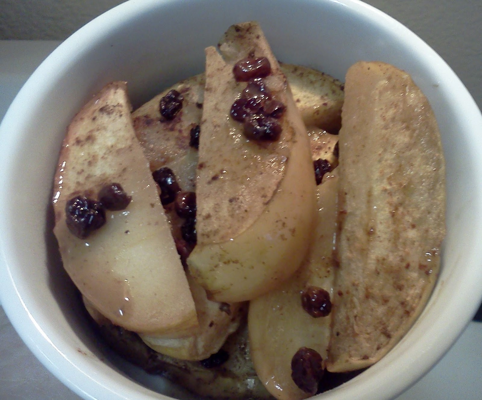Gluten-Free Spiced Jack Flash Apple Currant Bake