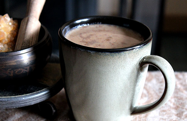 Valentine's Day Recipe: Dirty Chocolate Thai Chai Latte