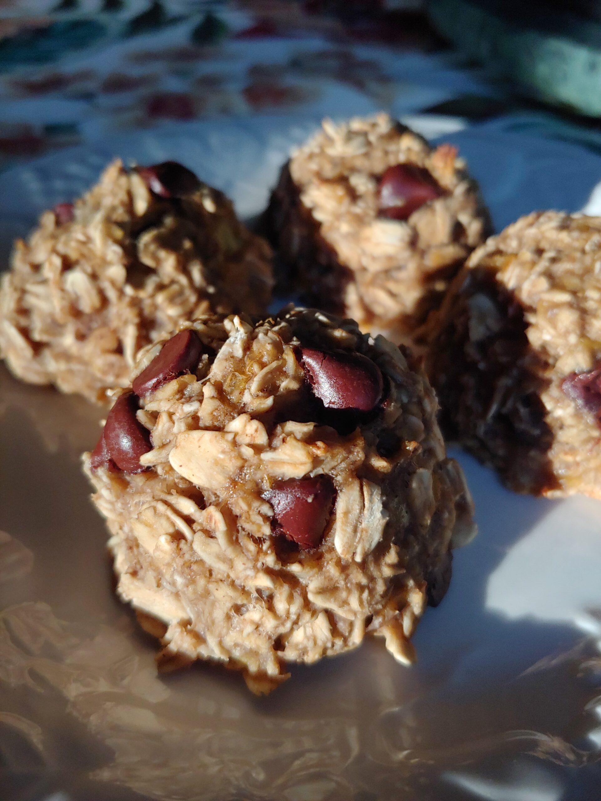Vegan Gluten-Free Hemp Chocolate Chip Oatmeal Banana Cookie Mounds